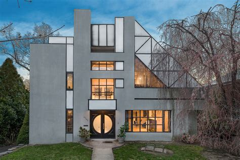 This $1 95 Million House in the Bronx Features Postmodern