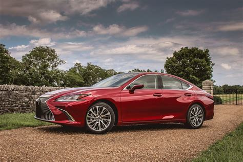 flipboard  lexus es models recalled  knee airbag
