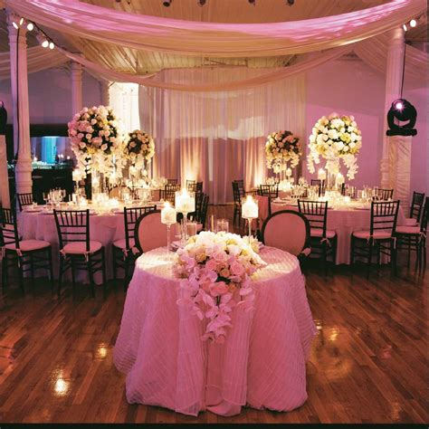 Wedding Decorations On A Budget by Luxe Wedding Receptions For Less Bridalguide