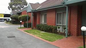 Lamplighter apartments oakleigh for Lamp lighter apartments
