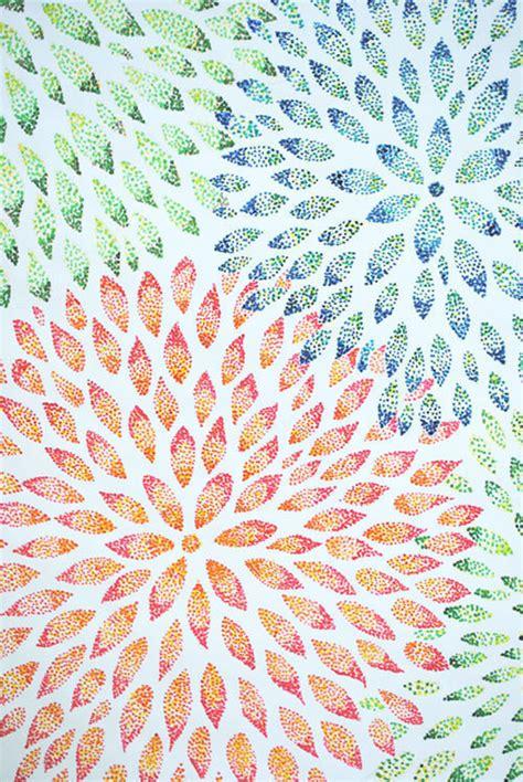 flower abstract  pointillism   create