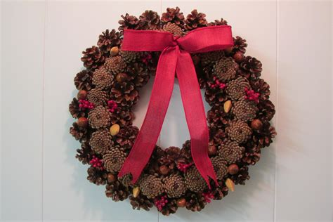 pine cone wreath directions how to make a pine cone christmas wreath fred gonsowski garden home
