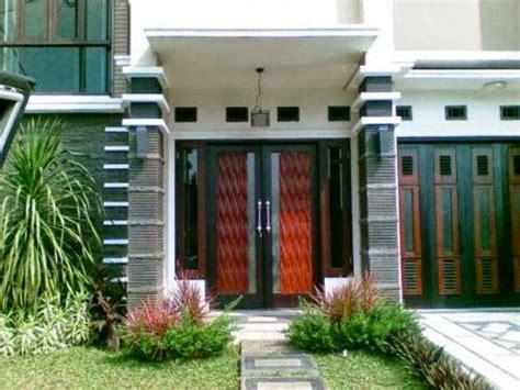desain teras rumah kecil minimalis ukuran mungil