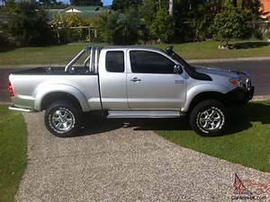Toyota Hilux Sr5 4x4 2005 X Cab P Up 5 Sp Manual 3l Diesel Turbo