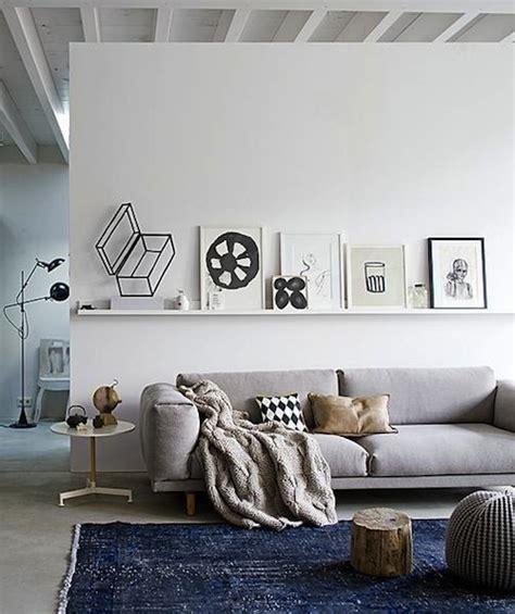 meuble derriere canapé decorare la parete dietro al divano