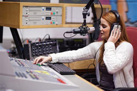 radio student college killed