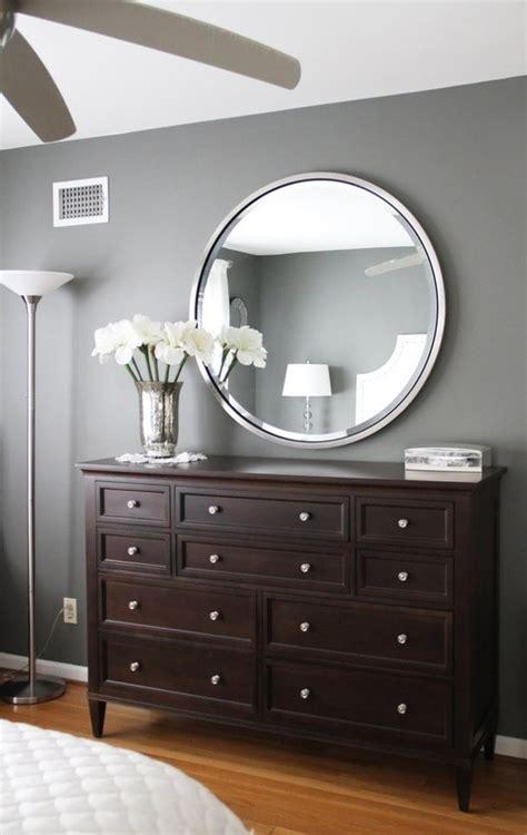 10 grau teal gray walls brown furniture bedroom paint color