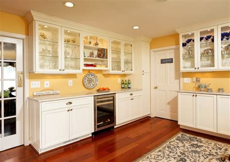 Bright, Cozy, Comfortable French Country Kitchen