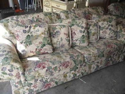 floral sofas for sale 400 floral sofa sleeper loveseat like new just