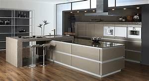 Glas Wandpaneele Küche : glas chuchihuus lausen k che ~ Markanthonyermac.com Haus und Dekorationen