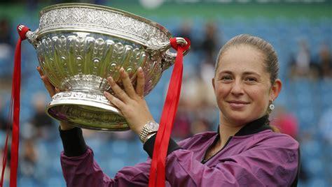 Ostapenko pirmoreiz uzvar Kontaveitu un izcīna ceturto WTA ...