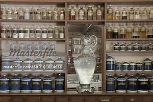 Plus De 1000 Ides Propos De Old Fashioned Pharmacy Sur