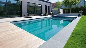 Piscine traditionnelle piscine polyester piscine beton for Dependance d une maison 11 piscine traditionnelle piscine polyester piscine beton