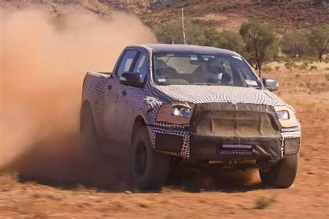 ford ranger raptor  debut february  motor trend canada