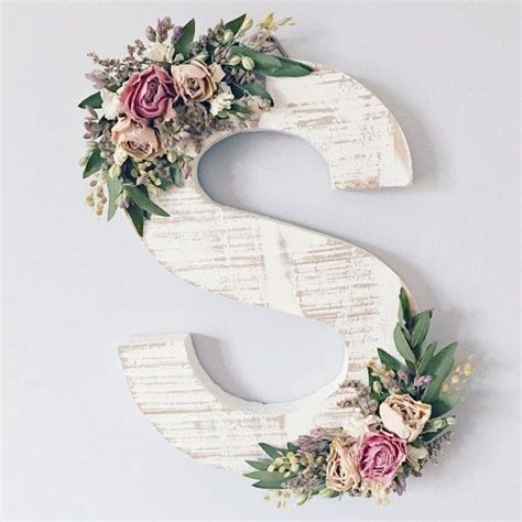 ornate wildflower wooden letter   choosing  distressed wood   matching handwoven