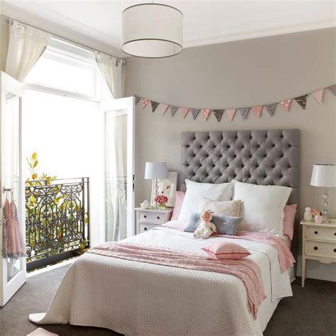 pink  gray girls bedroom  banner  bed