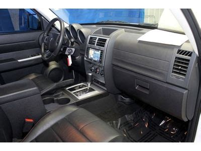 sell   dodge nitro shock  navigation heated