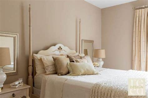 colonne chambre lit colonnes chambre adulte couleurs pastel neutres jpeg