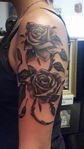 Tattoos Frauen Schulter : 1001 oberarm tattoo designs beispiele f r einen neuen look ~ Frokenaadalensverden.com Haus und Dekorationen