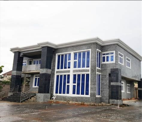 Photos of actor Zubby Micheal newly completed mansion ...