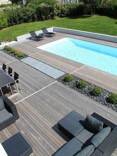amazing hot tub  lovely timber deck  australia  pool fence     installed