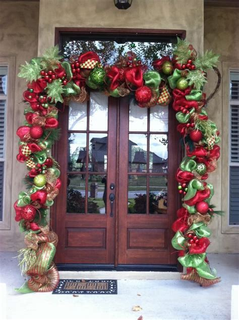 5 Ideas To Decorate Your Front Porch At This Year