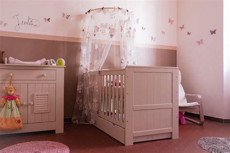 univers chambre bébé déco chambre de bebe fille exemples d 39 aménagements