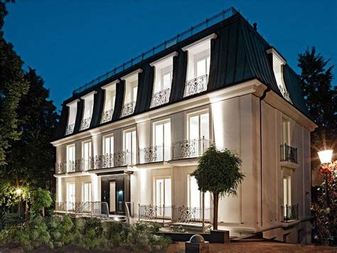 Haus Mit Mansardendach by Mansard Roof Definition And Advantages Home Idea