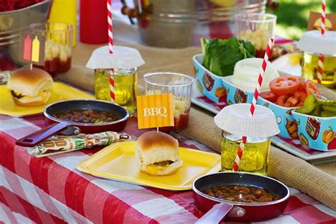 bbq table decorations bbq table settings and decoration ideas to inspire you