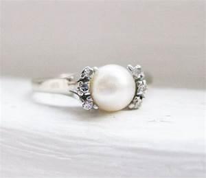 Vintage Elegant Pearl and Diamond 18K White Gold ...