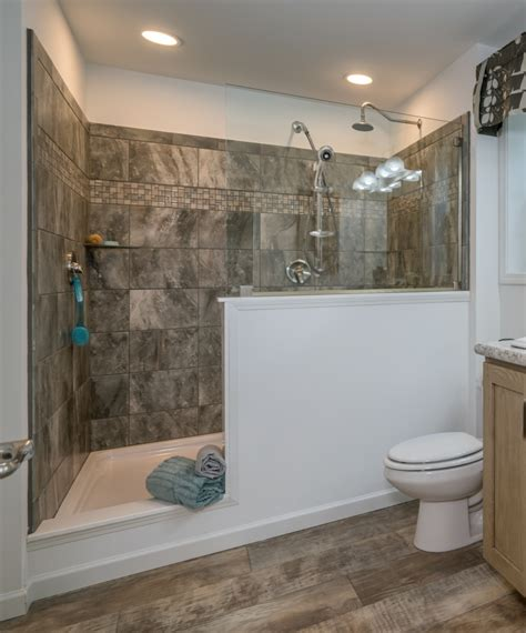 Bathroom Showers by 4 X 6 Ceramic Shower Commodore Of Pennsylvania