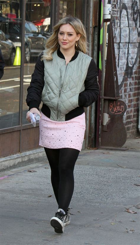 hilary duff  tights   set  younger  brooklyn