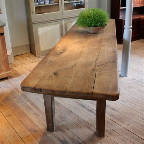 large  cent french oak dining table  great thick