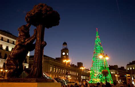 arbol de navidad madrid luces colores 225 rboles decorados belenes 161 ya es navidad