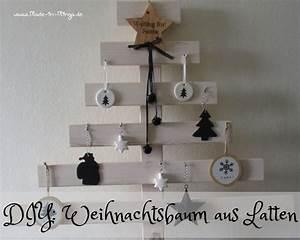Weihnachtsbaum Aus Holzlatten : weihnachtsbaum aus holzlatten selber machen ~ Frokenaadalensverden.com Haus und Dekorationen