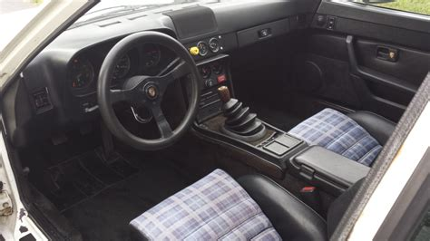 All leather interior, blueprinted engine. Martini Superwide: Holbert Racing 1980 Porsche 924 Turbo | Bring a Trailer