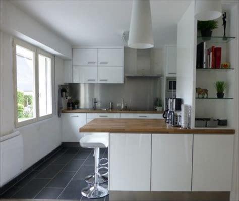 ouverture cuisine cuisine cuisine en l avec fenetre 1000 idées sur la