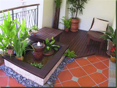 Making best use of balconies / 24 decor/reorganization