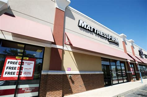 mattress firm new orleans mattress firm to one of its three lafayette stores