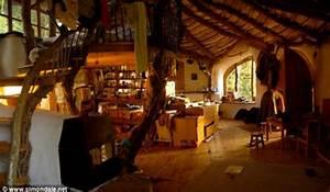 Autark Leben In Deutschland : revista galileu not cias fam lia constroi casa de hobbit com r 8 mil ~ Indierocktalk.com Haus und Dekorationen