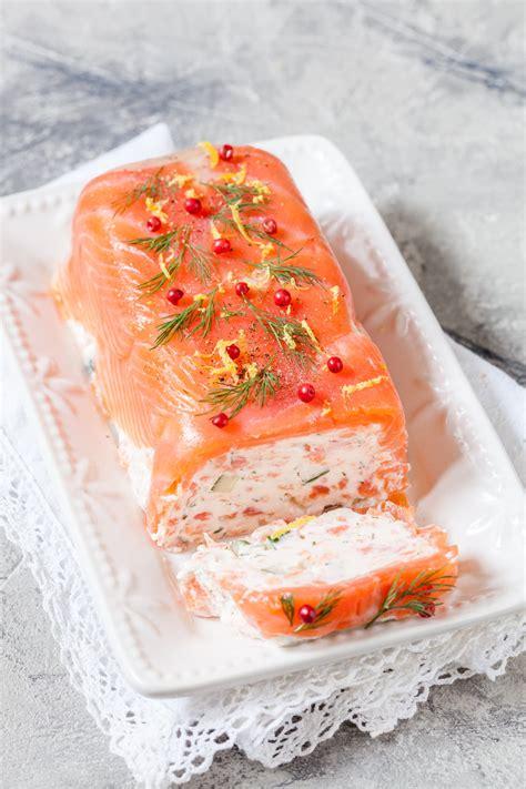 terrine au saumon  crevettes pour recevoir ou pour les
