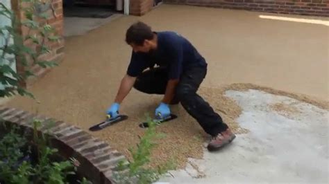 How To Lay Resin Bound Driveway By Lk Installers  Youtube