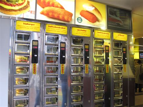 FEBO: 5 FUN FACTS about fast food from the wall