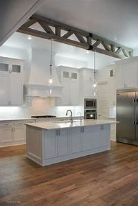 simple white kitchen 2336