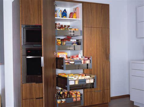 rangement pour armoire de cuisine l ergonomie dans la cuisine une question de confort le