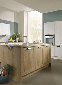 Moderne Wohnkuche Weiss Mit Holz