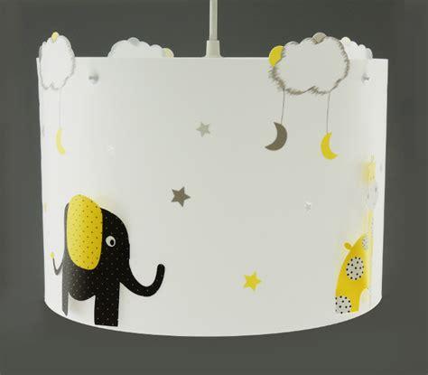 patere chambre bebe suspension elephant et girafe casse noisette