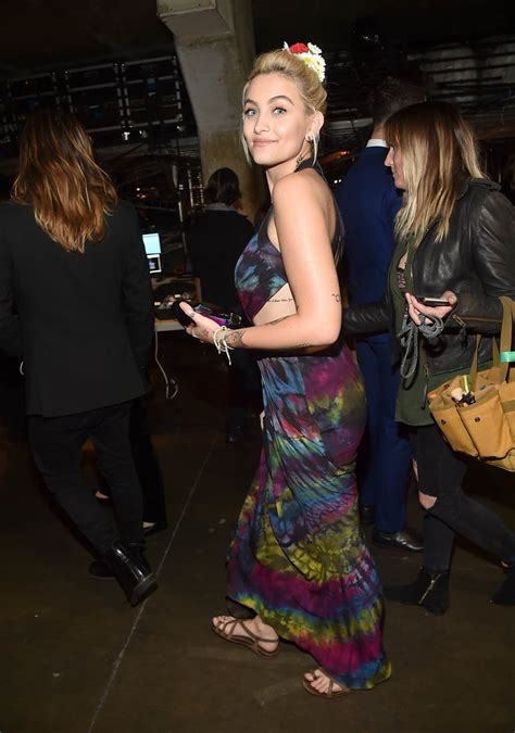 Celebrity Gossip and Entertainment News Photos and Video - Paris Jackson - X17 Onlinex17online.com › paris_jacksonParis Jackson was hospitalized after a reported suicide attempt Saturday morning. TMZ reports Jackson was rushed to the hospital early this morning after slitting her wrists. She reportedly