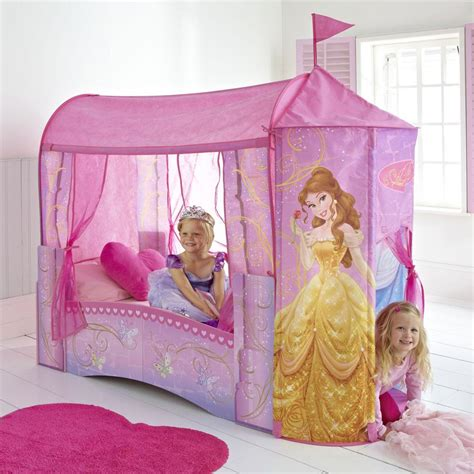 chambre princesse disney disney princess feature castle toddler bed mattress