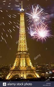Eve Paris : paris new years eve stock photos paris new years eve stock images alamy ~ Buech-reservation.com Haus und Dekorationen